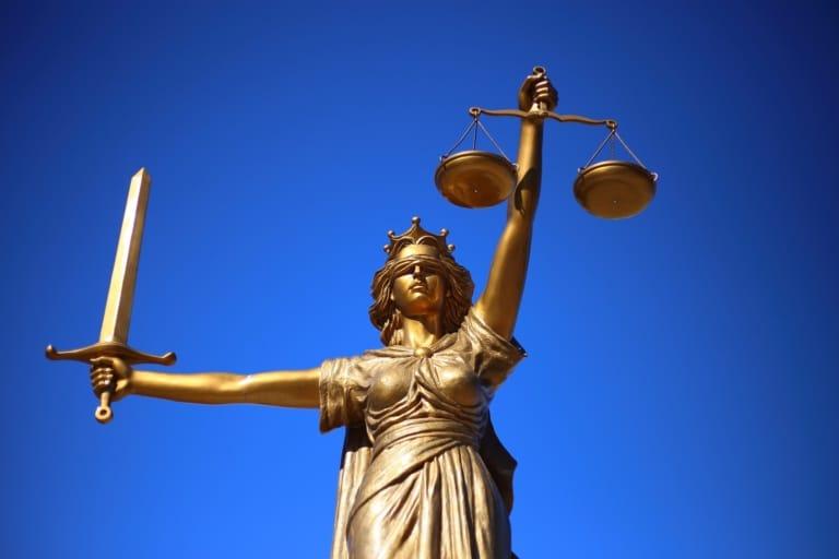 DDA en ICTRecht bundelen juridische kennis over datacenters in nieuw rapport