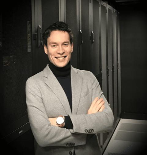 """Lei Hovens: """"Je blijft altijd leren in de ICT-sector, de techniek achter complexe oplossingen leer je vanzelf begrijpen"""""""